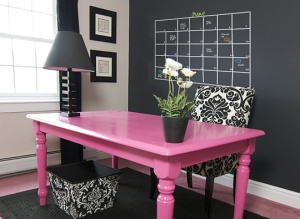 21-chalkboard-wall-planner-pink-black-white-home-office