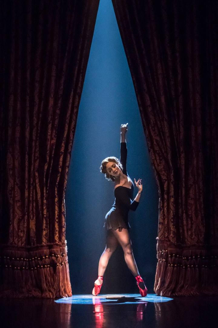 THE RED SHOES. Ashley Shaw 'Victoria Page'. Photo by Johan Persson.jpg